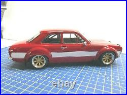 1/18 Ford Escort Mki Rs 2000 Red/white Modified Triple 9