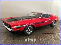 1971 Ford Mustang Mach I Fastback AUTOart 1/18 Scale DieCast Rare Piece of Art