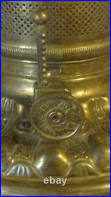 ANTIQUE PARLOR OIL LAMP. RED GLASS. DIAMOND DRAPE PATTERN. CAST IRON Circa1890