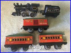 American Flyer Pre War O Gauge Cast Iron Loco 3 Red & Green Tin Cars Train Set