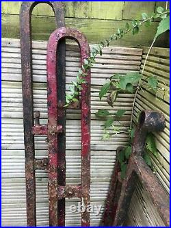 Gates Early Victorian Cast Iron Double Gates With Two Gate Brackets English