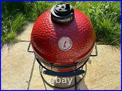 Kamado Joe Junior Ceramic Barbecue Grill Red with stand + extra cast iron grille