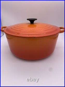 Le Creuset #28 Round Enameled Cast Iron Dutch Oven Red Enamel 7.25 Qt Orange