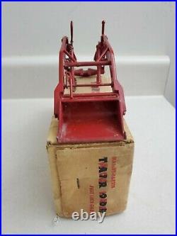 Massey Harris Reuhl Loader 120 W Box