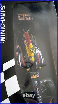 Minichamp 1/18 Mark Webber Red Bull Rb7 Car 2011