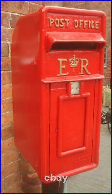 Replica Royal Mail ER Red Postbox Letter Box Cast Iron Lockable with Keys