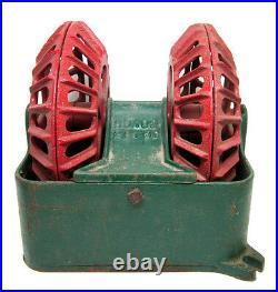 Vintage CAST IRON HO. 102 20150 Red & Green DOUBLE Wheel HOG Oiler