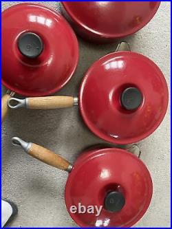 Vintage LE CREUSET CAST IRON 4 SAUCEPAN SET CERISE (CHERRY RED) Wooden Handle