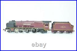 Wrenn Railways OO Gauge W2264 BR Maroon 4-6-2 Duchess of Hamilton Boxed